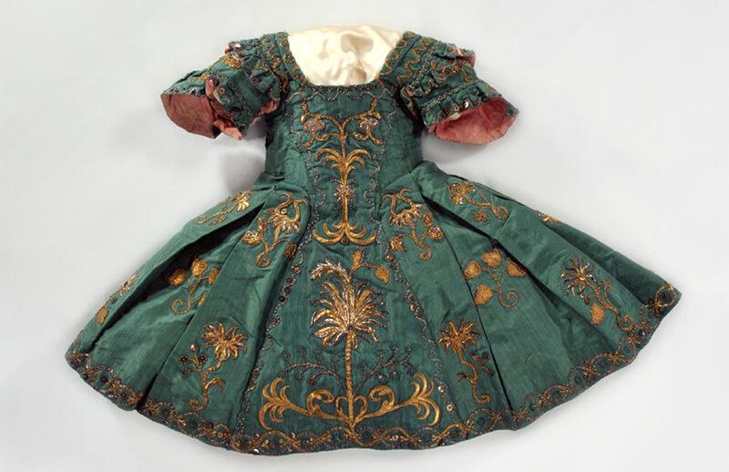 女児用ワンピース・ドレス 1730-1755年頃 藤田真理子氏蔵
