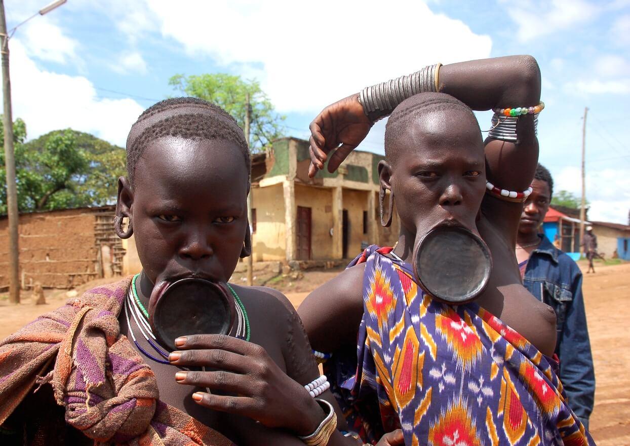 エチオピア ムルシ族