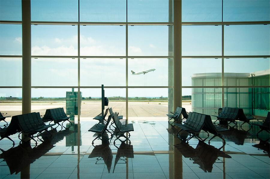 空港、海外旅行イメージ