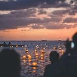 年に一度しか見れない絶景!いつかは行ってみたいハワイの灯籠流し!