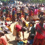 恐ろしき美への執念!エチオピアの少数民族ムルシ族女性の血のにじむ努力とは?