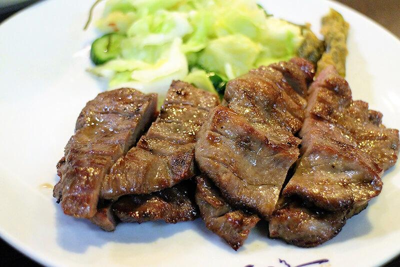 訪れたら絶対食べたい仙台グルメ「牛たん焼き」人気牛たん専門店を比べてみました!