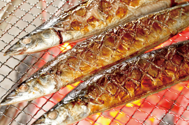 """秋の味覚""""秋刀魚""""が食べたい!秋刀魚の雑学から美味しいお店、「目黒のさんま祭り」までご紹介!"""