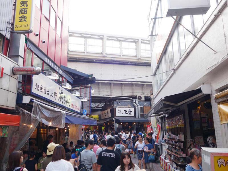 上野街並み