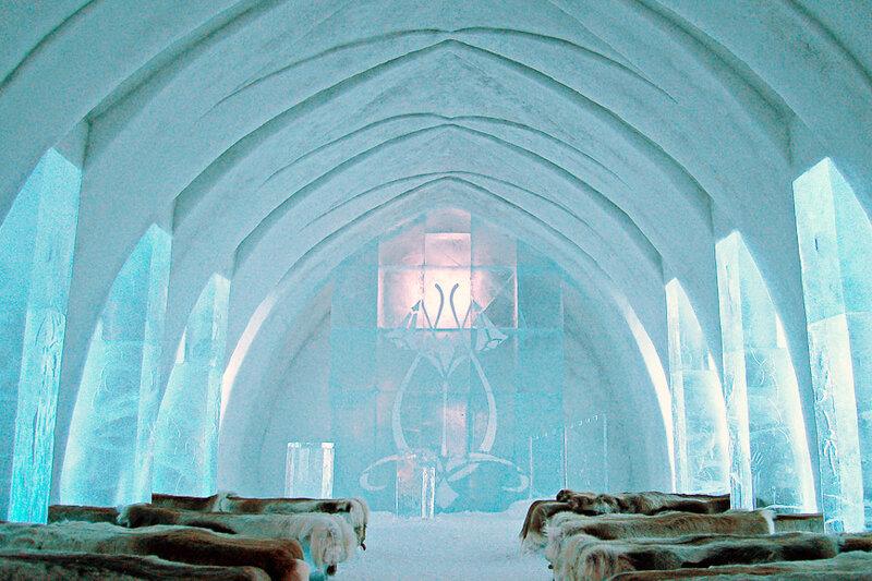 一度は行ってみたい…!スウェーデンにあるすべて氷で出来た「アイスホテル」