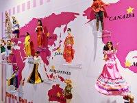 世界のバービー人形
