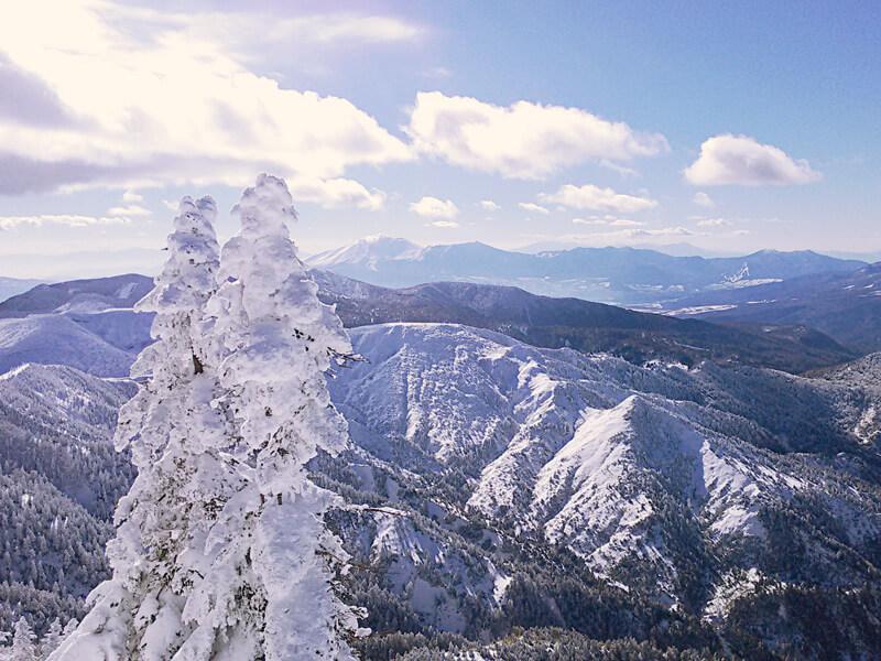 雪山 イメージ