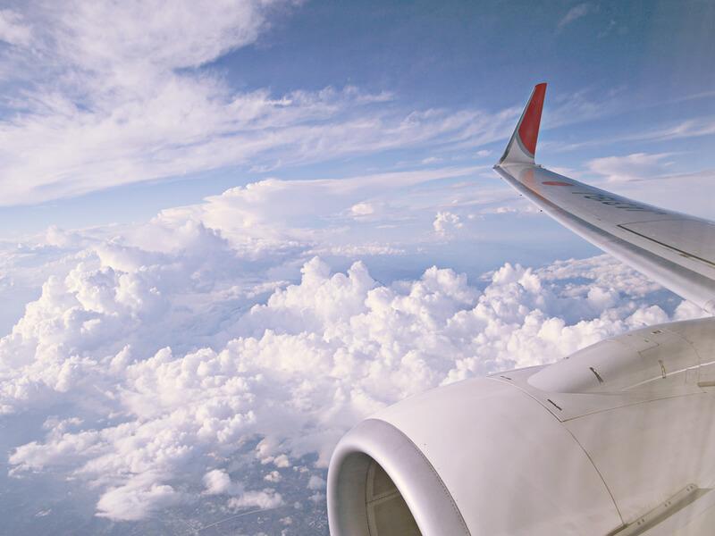 飛行機上空写真