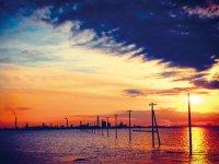 江川海岸の海中電柱 夕焼け イメージ