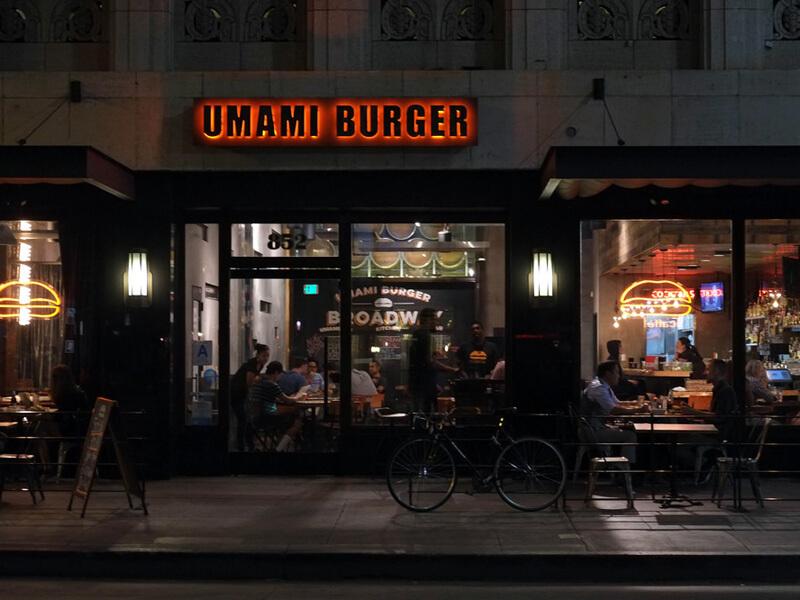 UMAMI BURGER店舗