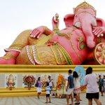 今年こそは願い事を叶えたい…そんなアナタは、タイにいるピンクのガネーシャにすぐ会いにいくべし♪