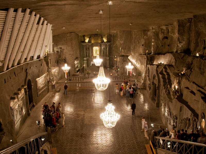 ヴィエリチカ岩塩坑の礼拝堂