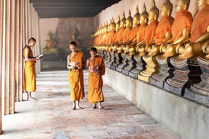 カンボジア僧侶