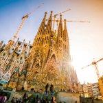 サグラダファミリアだけじゃない!スペイン・バルセロナで見られる極上のガウディ建築4選☆