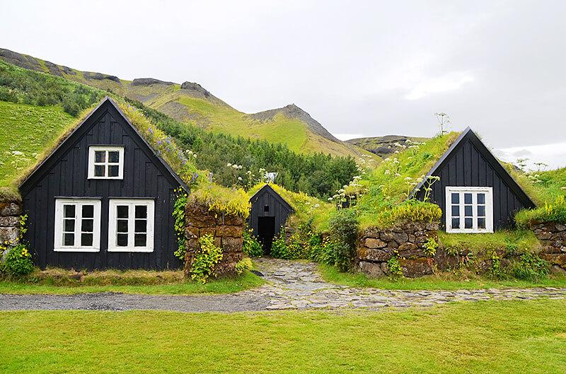 芝生の家2