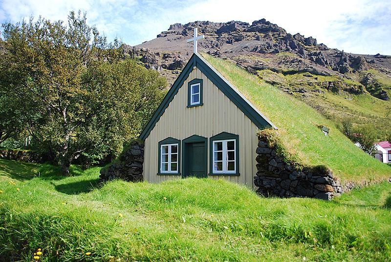 芝生の家1