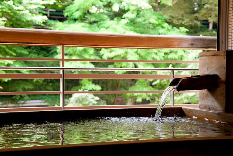 かけ流し温泉のイメージ写真