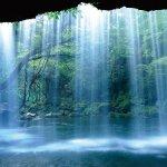 昼は名水と絶景の滝に夜は満点の星空!阿蘇で春の旅を楽しもう!