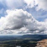 タイとカンボジア両国の大地を見渡せる絶景に出逢う!天空の遺跡「プレアビヒア寺院」