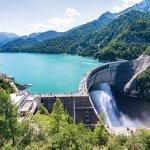 人気観光地の黒部ダムが4月15日より観光期間に!大迫力の放水も6月26日より!