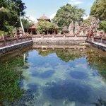 バリ島へ行くなら絶対体験して!美しい「ティルタエンプル寺院」の聖なる泉で沐浴♪