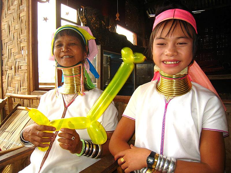 ミャンマー首長族