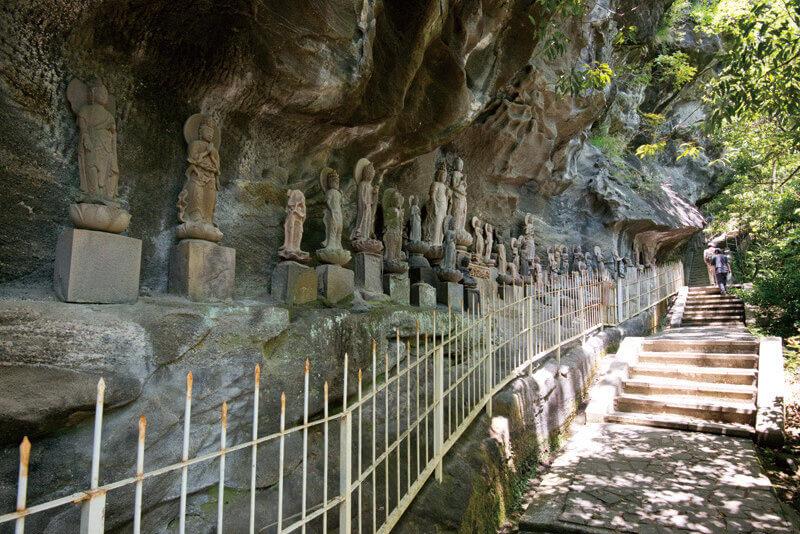 鋸山-日本寺