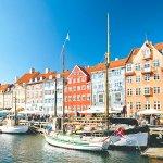 絵本みたいなカラフルな街並みが可愛すぎる♡デンマークのニューハウンに行ってみよう!