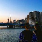 女優の新木優子とモデルのemmaが福岡へ。サンセットクルーズではその美しさにうっとり!