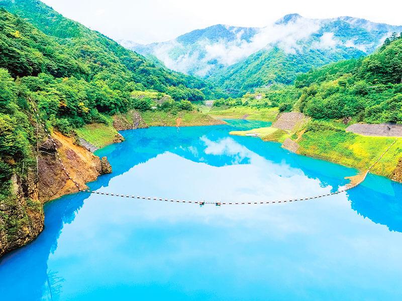 四万湖の画像