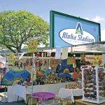 ハワイ土産は、ココで買おう!掘り出し物がいっぱいのスワップミート活用術♪