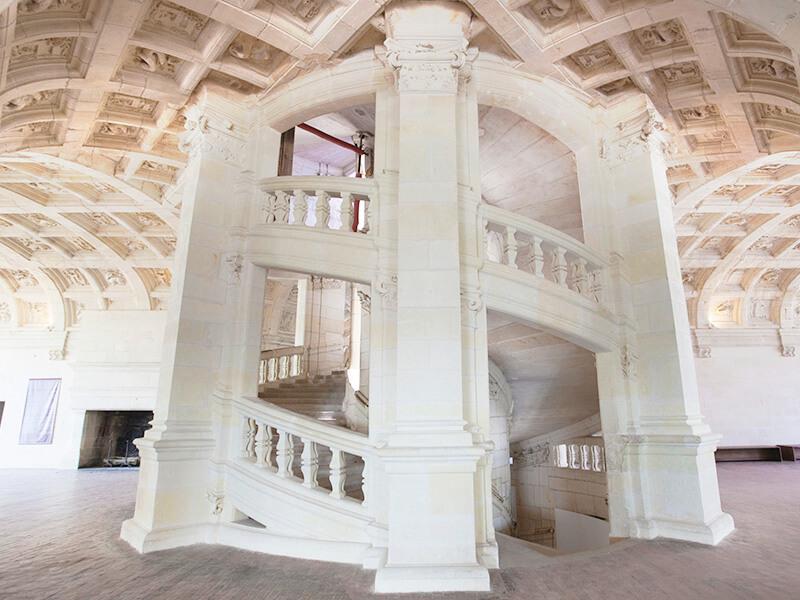 シャンボール城の階段