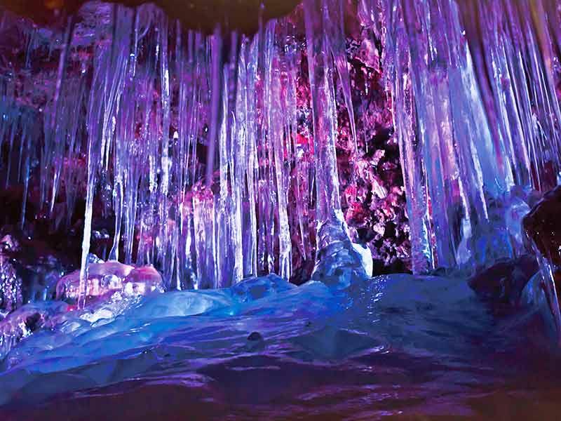 鳴沢氷穴の画像