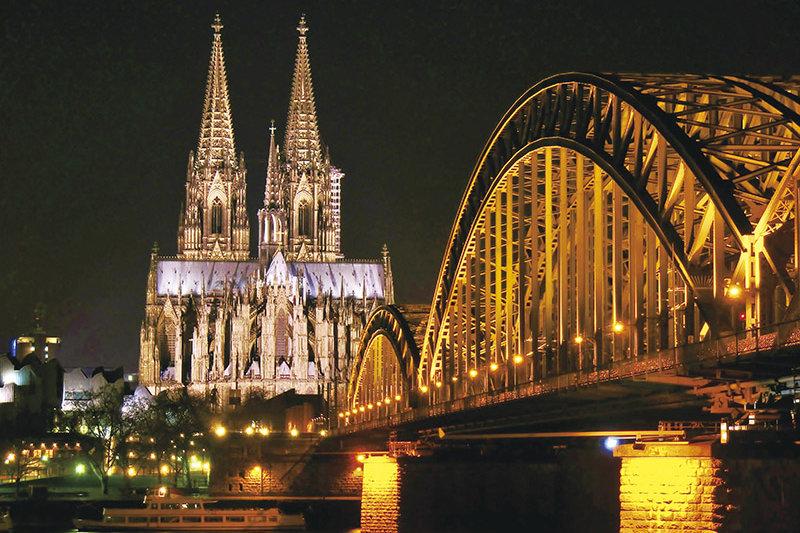 ドイツ・ケルンに恋をする。人気の観光地「ケルン」のおすすめスポットをご紹介♪