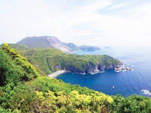 伊豆七島 神津島 多幸湾展望台からの風景