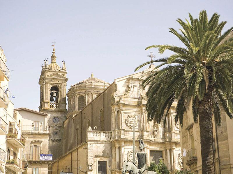 サンタ・マリア・デル・モンテ教会