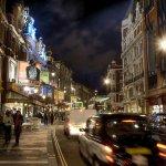 ロンドン観光では外せない?!オシャレなウェスト・エンド地区で観るミュージカルに大感激♪