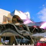スペインのリオハで泊まってみたい「ホテル・マルケス・デ・リスカル」がオシャレすぎる!