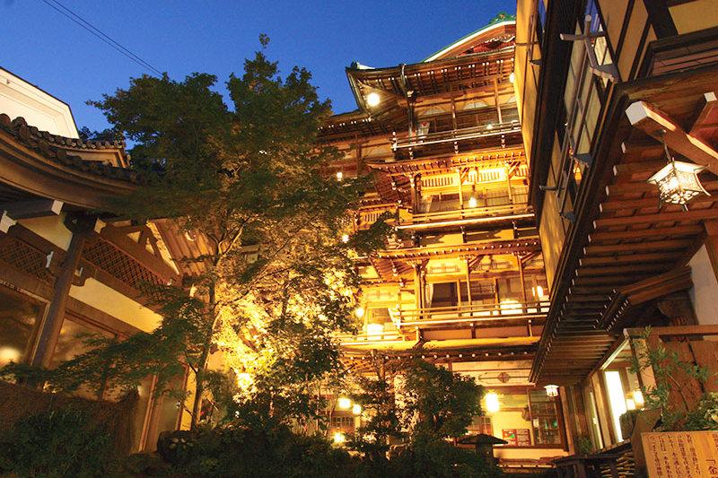 長野県のレトロな旅館「渋温泉 金具屋」!古き良き時代へタイムスリップ♪