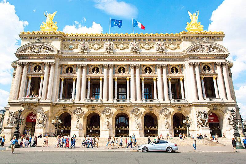 『オペラ座の怪人』の舞台はココ!豪華絢爛な「パリ・オペラ座」の内部を見学しよう!