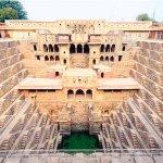 インドの穴場スポット!!「チャンド・バオリの階段井戸」が幾何学的で超カッコいい!!♪