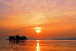 宍道湖から望む夕日
