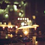 ガラス製ランプの灯りがおしゃれでかわいい♡北海道・小樽のカフェ「北一ホール」