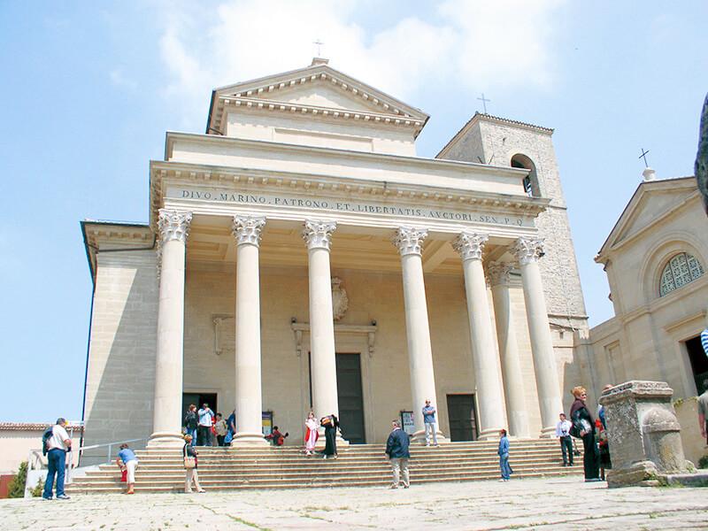 サンマリノ聖堂