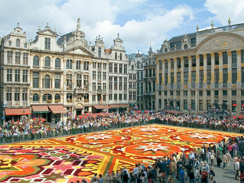 ブリュッセル フラワーカーペット 花の絨毯 グランプラス