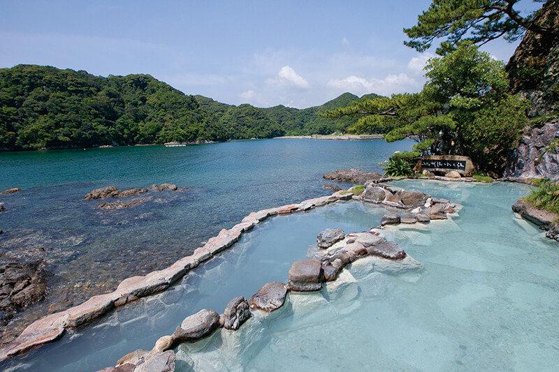 国立公園内の島のホテル!?和歌山県・紀伊勝浦の「ホテル中の島」で自然を満喫♪