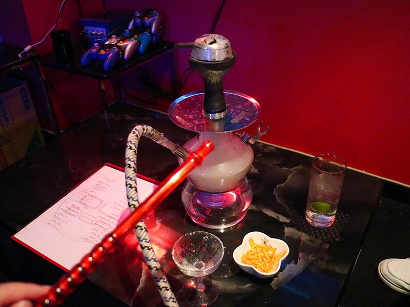 QU Bar・水タバコ