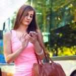 ホノルルの新条例にご注意!「歩きスマホ」は罰金対象の違法行為なんです!