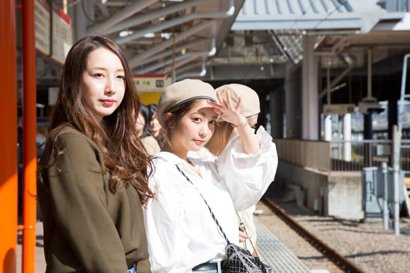箱根登山鉄道で行く日帰り女子旅。小田原駅から電車に揺られて箱根湯本へ