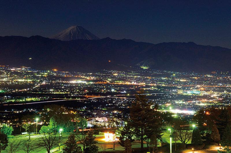 東京からアクセス良好!甲府「山梨県笛吹川フルーツ公園」で新日本三大夜景を堪能しよう♪